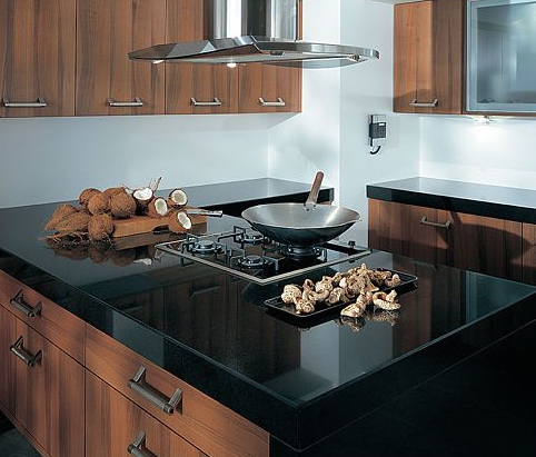 Creating a contemporary kitchen ultimate kitchens for Ultimate kitchens